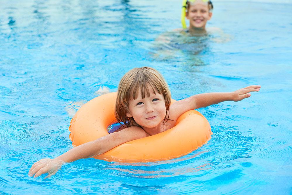 piscina bambino